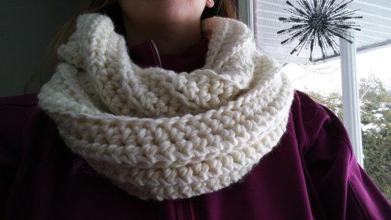 foulard_infini_blanc_creme_2
